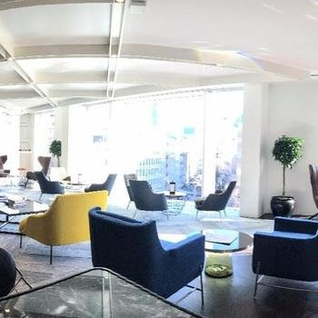 OfficeServe - Great communal areas to have ad hoc meetings in.