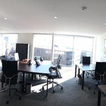 OfficeServe - Modern and cosy team rooms to work in with a magnificent view.