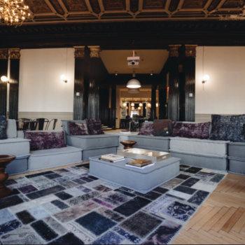 DivorceForce - Lounge Area
