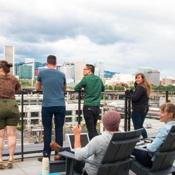 Simple Finance - Rooftop deck for work or play!