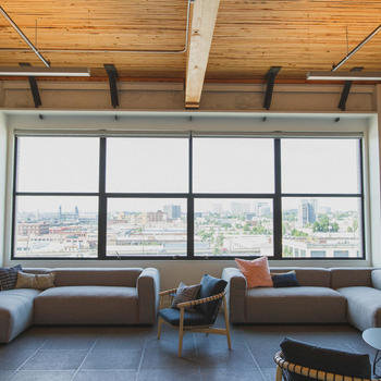 Simple Finance - Comfortable, creative spaces