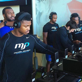 Halo Neuroscience - Athletes using Halo at Michael Johnson Performance