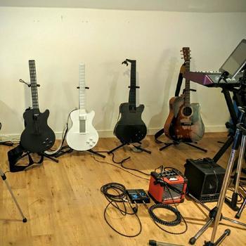 Magic Instruments, Inc. - Become A Rockstar