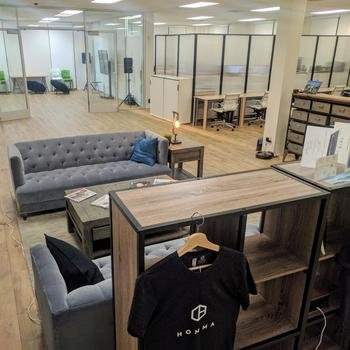 Homma - Spacious office in Palo Alto