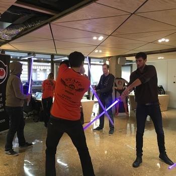 FINAXYS - Combat de Sabre Laser au Finax'Lab