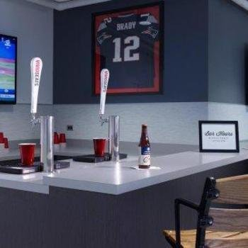 Vivid Seats LLC - Grab a drink at our in office bar
