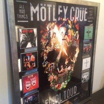 OneLive Media - Motley Crue VIP Product