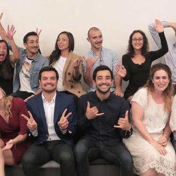 MoovOne - Bienveillance et Exigence, en donnant les moyens de nos ambition  ! L'équipe donne le meilleur pour réaliser notre mission et l'entreprise fait tout pour qu'elle se sente au mieux !