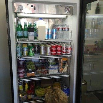 Loop Commerce - Fridges with healthy goodies, beers on tap